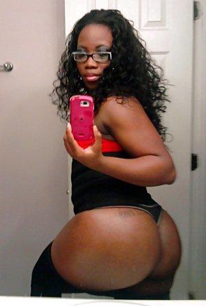 Ass Selfie Pictures